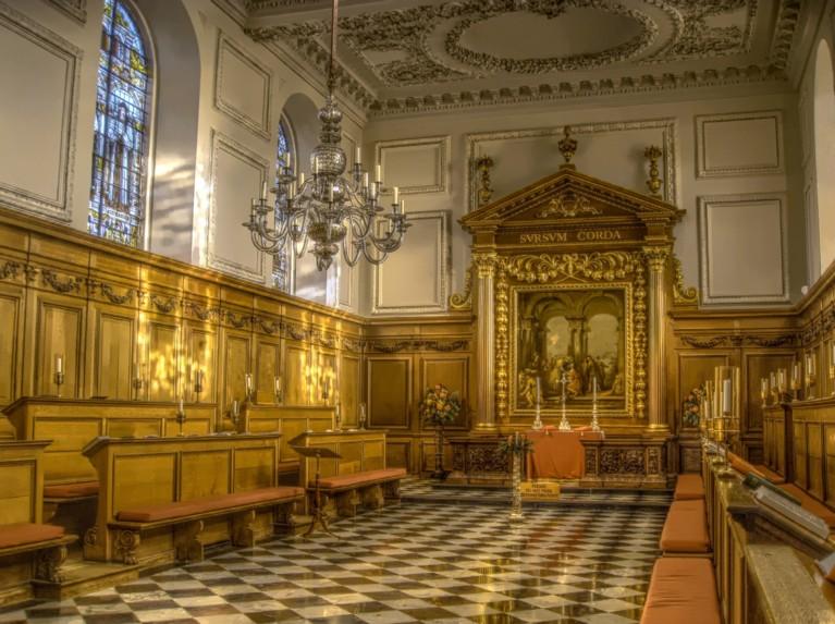 Chapel Emmanuel College Cambridge