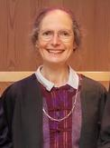 Photo of Dr Sarah Bendall