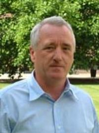 Photo of Professor Steven Boldy
