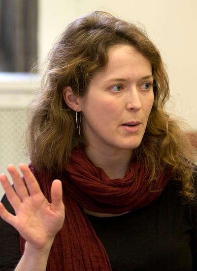 Dr Emma Mackinnon | Fellows | Contact | Emmanuel College